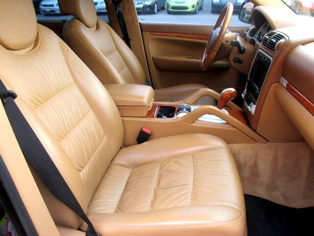 Porsche Cayenne Turbo S 2006