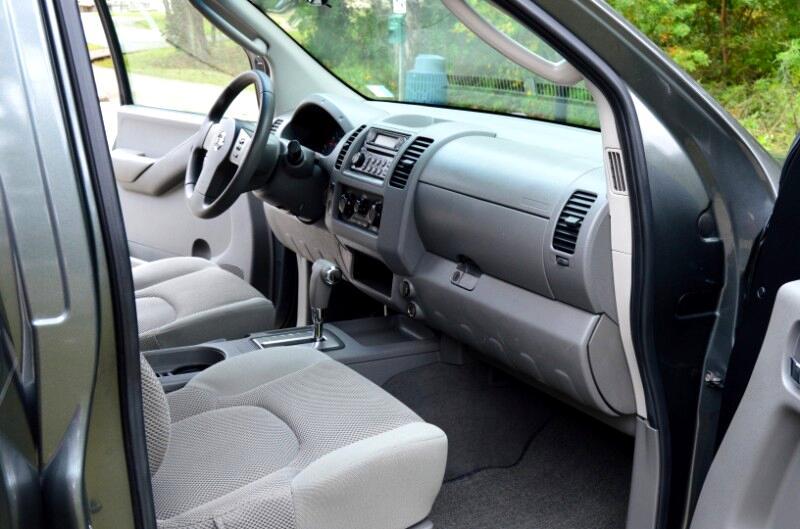 2006 Nissan Frontier LE Crew Cab 2WD
