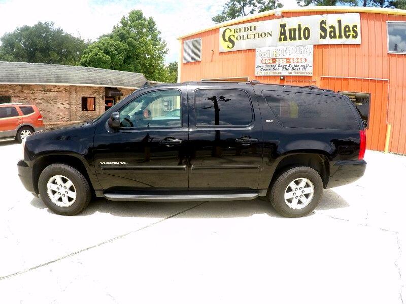GMC Yukon XL SLT-1 1/2 Ton 4WD 2012