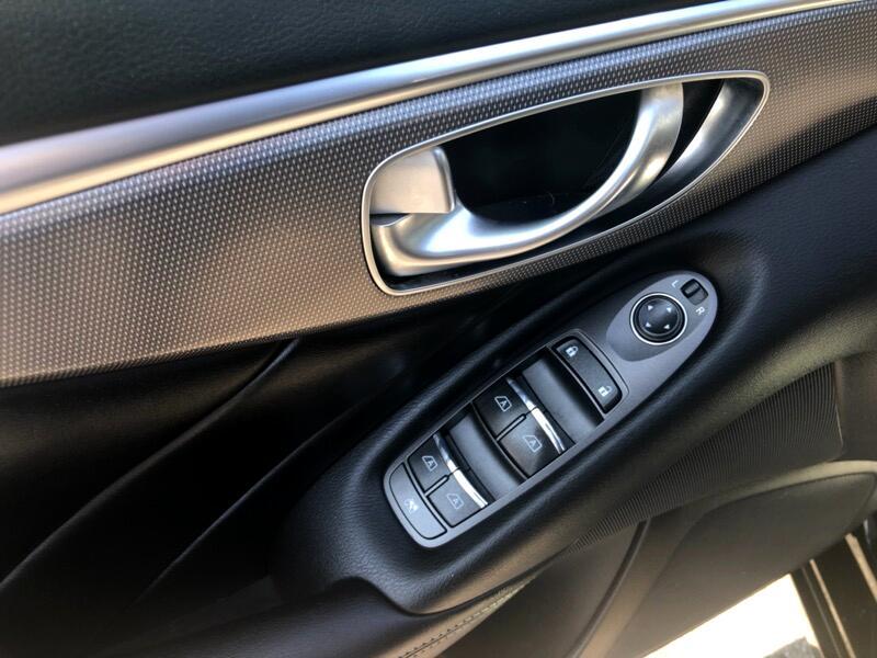 2015 Infiniti Q50 Base AWD