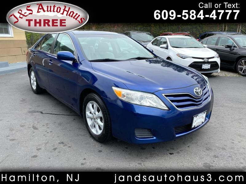 Toyota Camry LE 6-Spd AT 2010