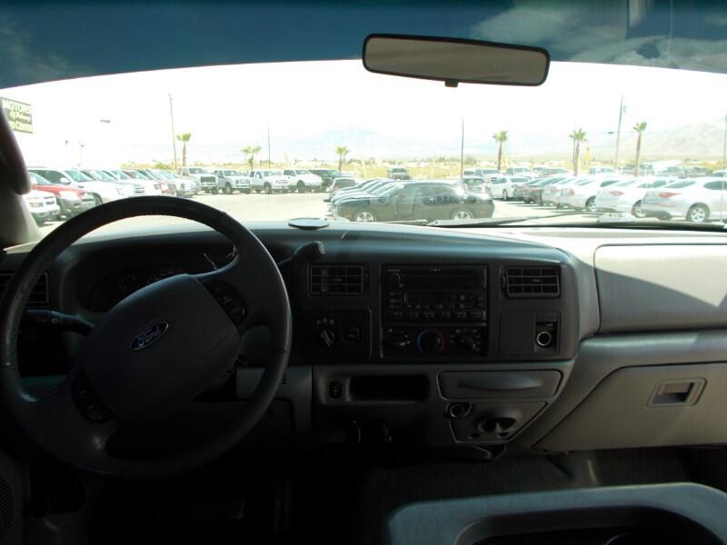 2004 Ford F-350 SD Lariat Crew Cab LWB 4WD