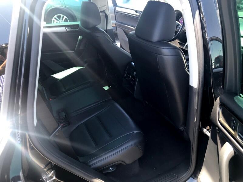 2011 Volkswagen Touareg VR6 FSI