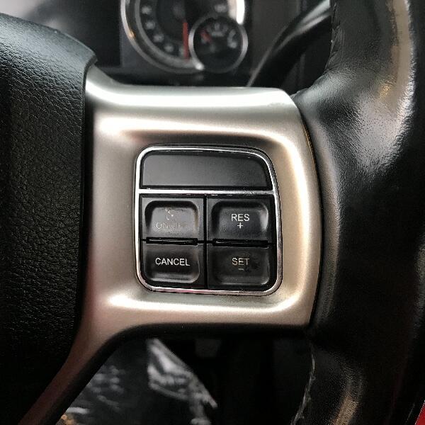 RAM 3500 Laramie Crew Cab SWB 4WD 2015