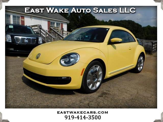 2012 Volkswagen Beetle 2.5L PZEV W/SOUND/NAV