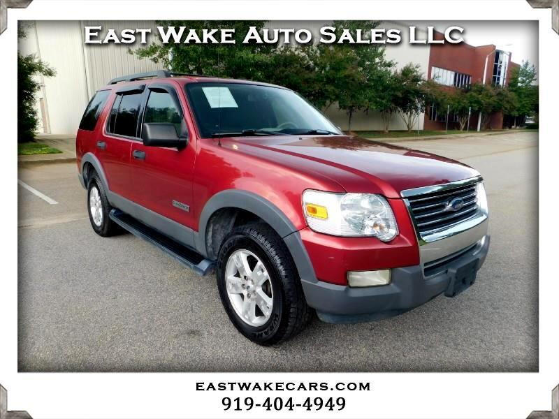 Ford Explorer XLT 4.0L 4WD 2006