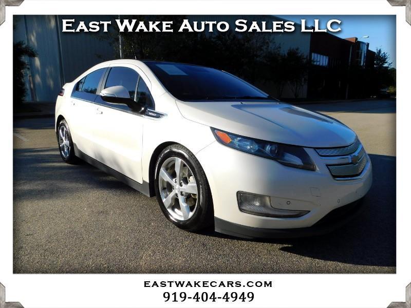 2011 Chevrolet Volt Premium w/ Navigation