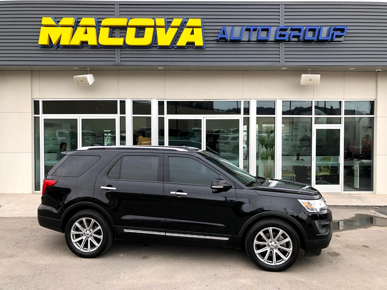 Ford Explorer Limited 2WD 2016