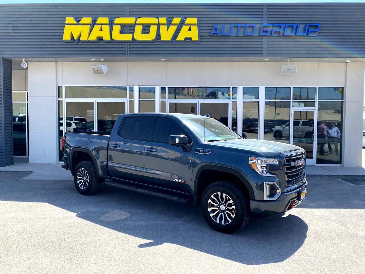 GMC Sierra 1500 AT4 Crew Cab Long Box 4WD 2019