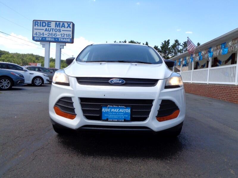 Ford Escape S FWD 2014