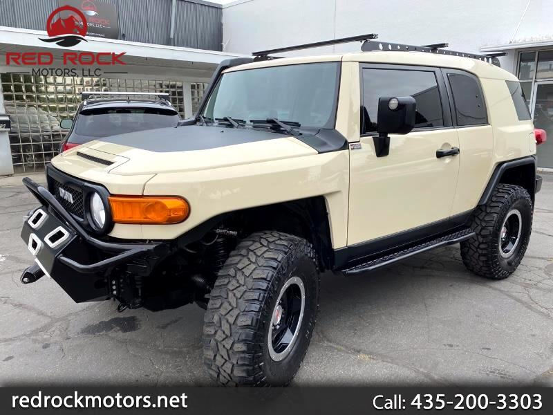 Toyota FJ Cruiser 4WD AT 2010