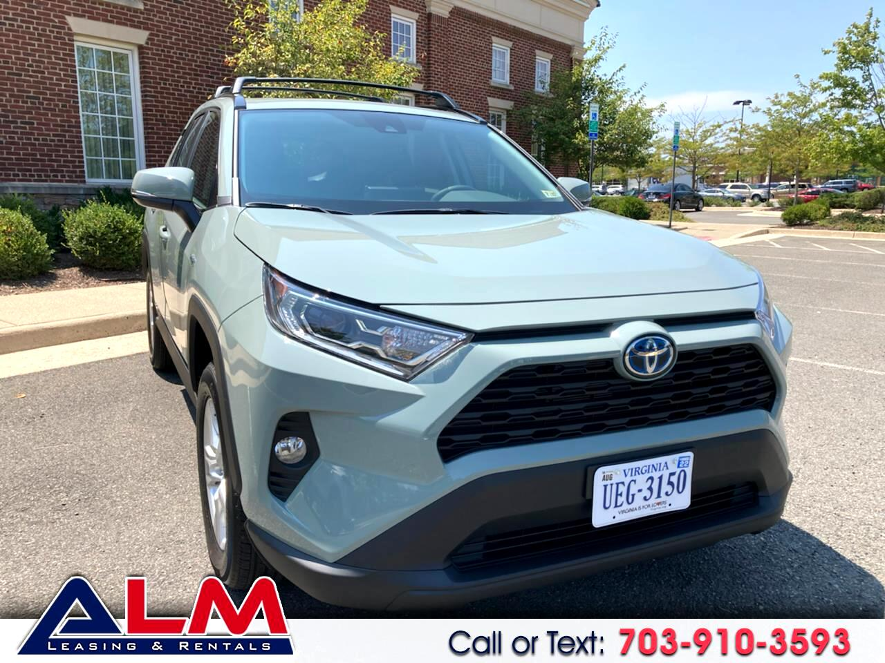 Toyota RAV4 Hybrid XLE 2021