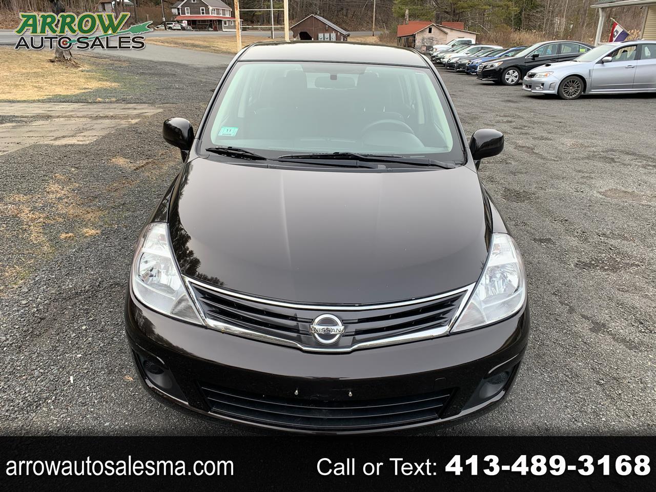 Nissan Versa 1.8 S Hatchback 2012