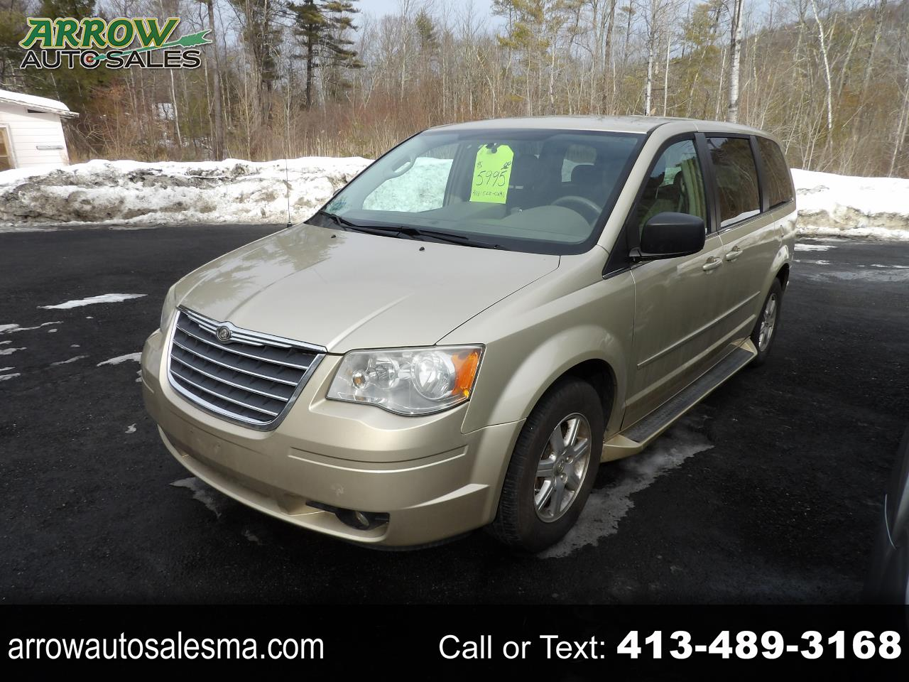 Chrysler Town & Country 4dr Wgn LX 2010