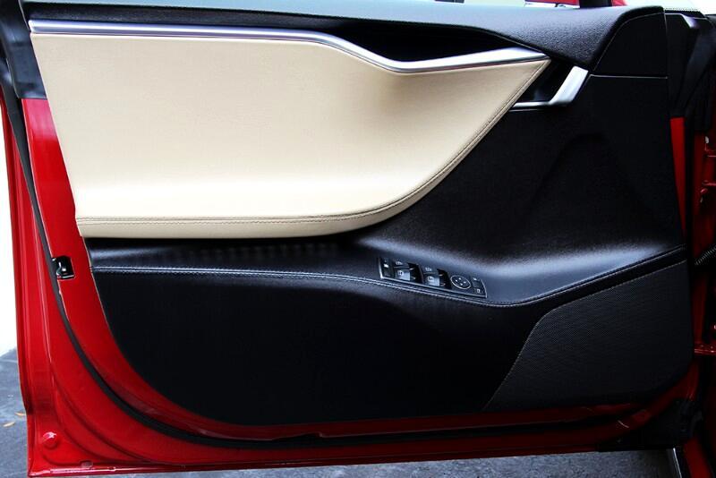 2013 Tesla Model S 85