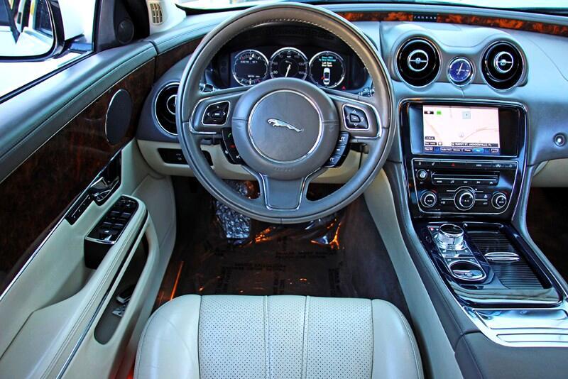 2011 Jaguar XJ-Series XJ