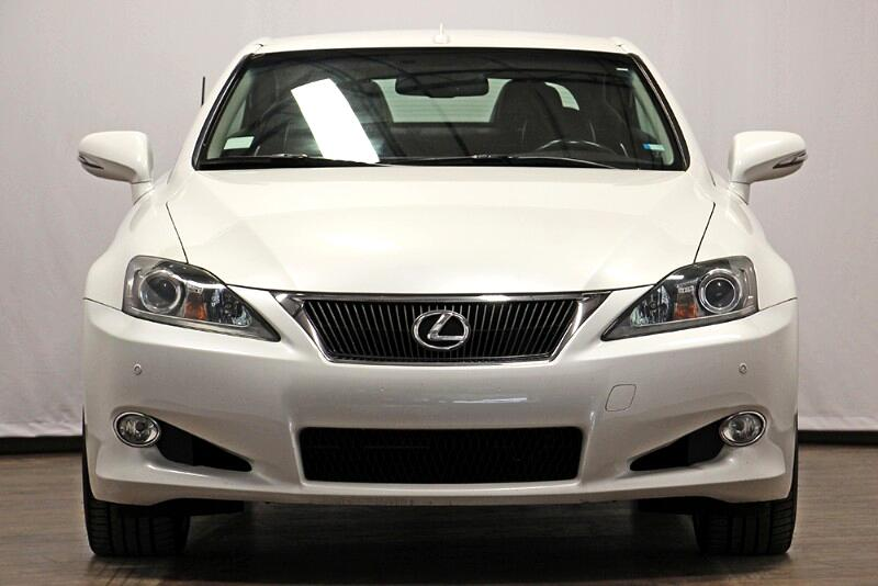2011 Lexus IS C 350