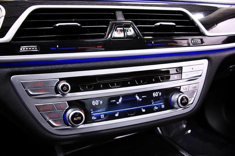 2018 BMW 7-Series 740i