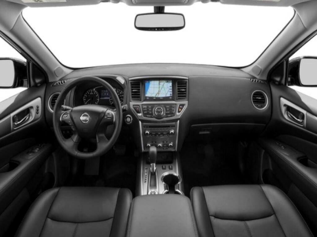 2018 Nissan Pathfinder 4x4 SL