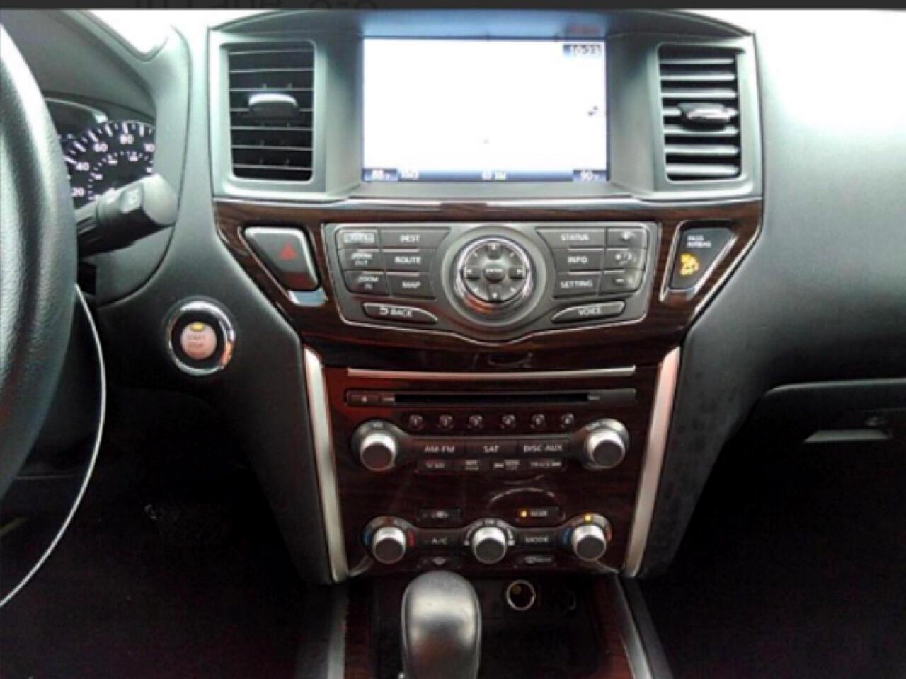 2015 Nissan Pathfinder 4WD 4dr SL