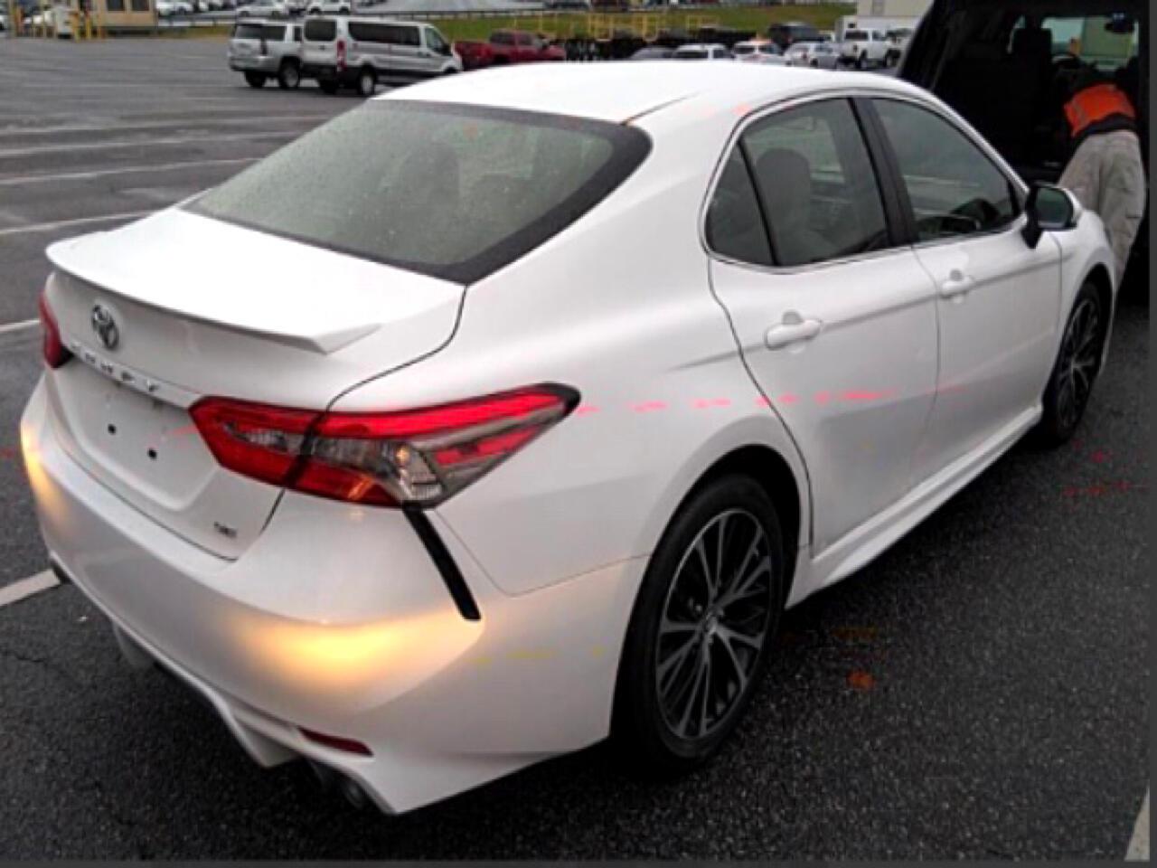 2018 Toyota Camry 4dr Sdn I4 Auto SE (Natl)