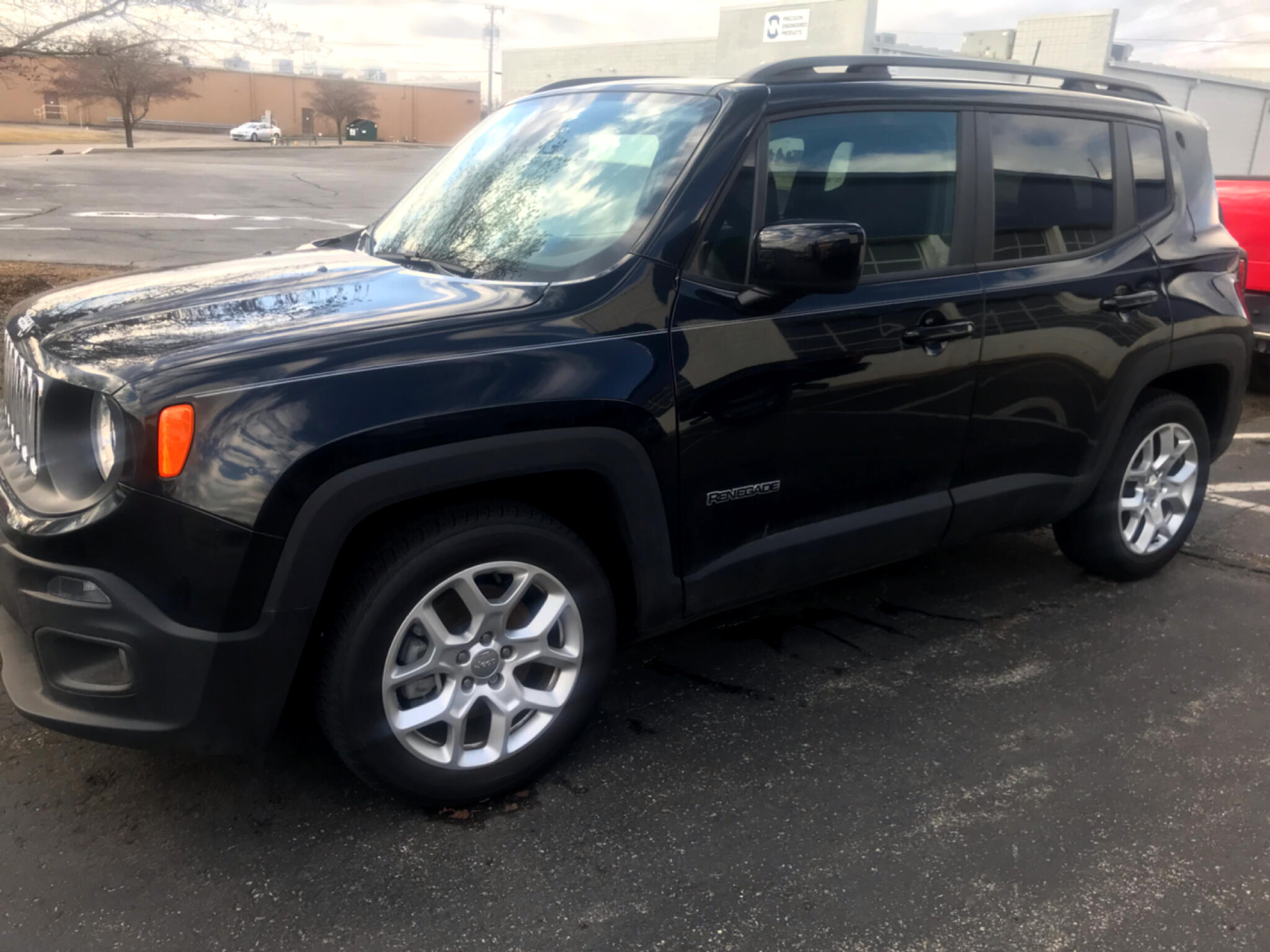 2018 Jeep Renegade FWD 4dr Latitude