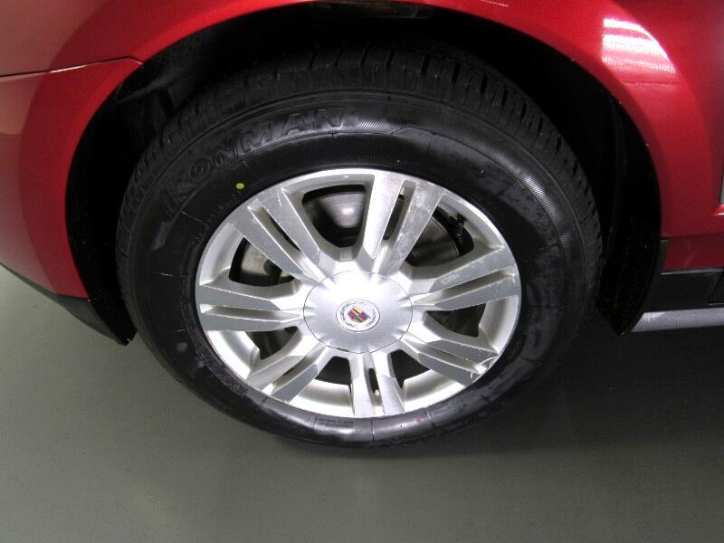 Cadillac SRX Luxury Collection AWD 2011