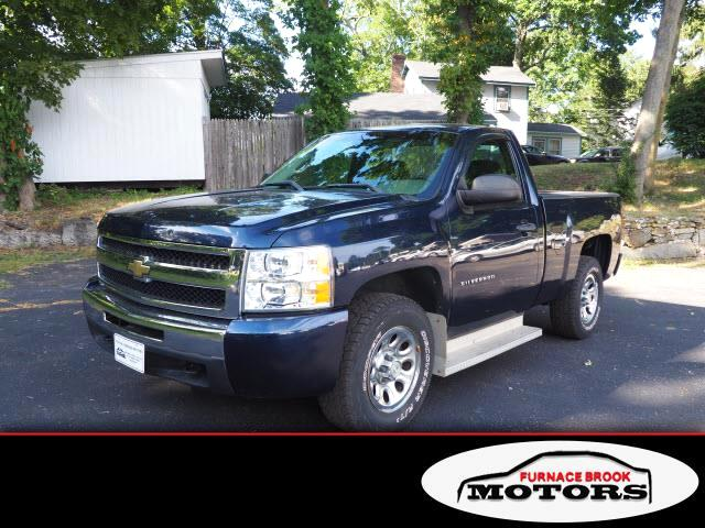 2011 Chevrolet Silverado 1500 Regular Cab Short Bed 4WD