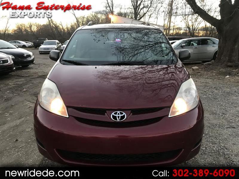 2009 Toyota Sienna CE FWD 7-Passenger
