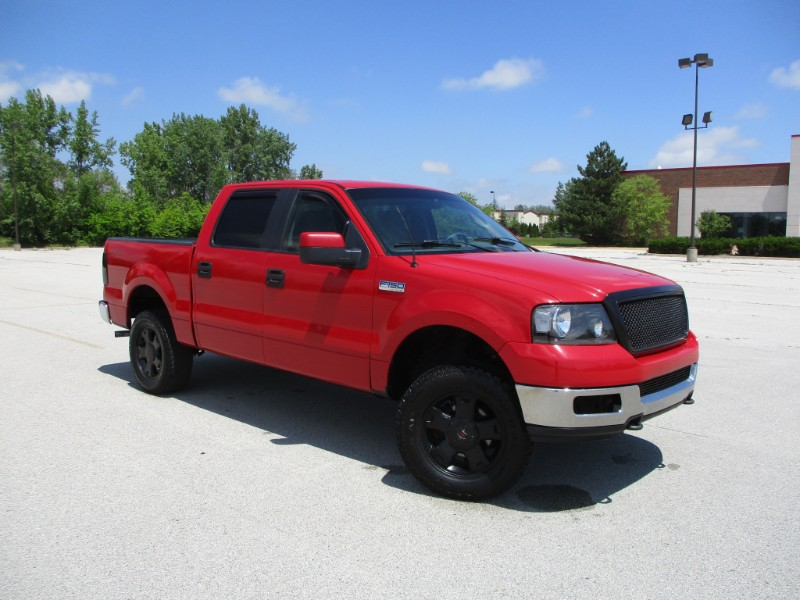 "2005 Ford F-150 4WD SuperCrew 145"" XLT"