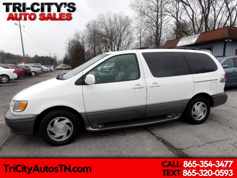 2002 Toyota Sienna 5dr LE (Natl)
