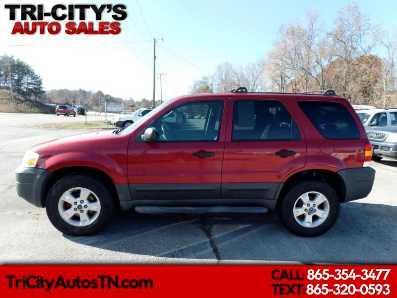 "Ford Escape 4dr 103"" WB 2.3L XLT 2005"