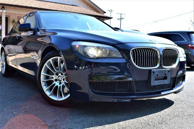 2012 BMW 7-Series 750i xDrive Sedan 4D