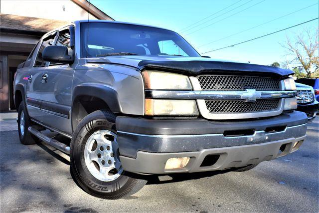 2004 Chevrolet Avalanche Sport Utility Pickup 4D 5 1/4 ft