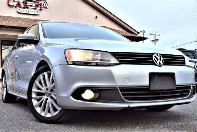 2011 Volkswagen Jetta SEL Sedan 4D