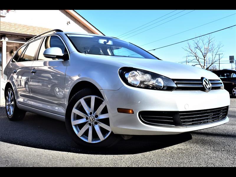 Volkswagen Jetta SportWagen  2012