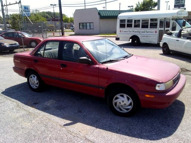 1994 Nissan Sentra E sedan