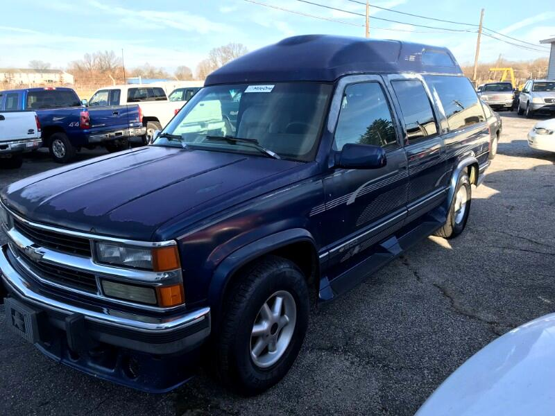 1994 Chevrolet Suburban 1500 4WD
