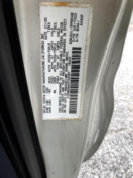 2000 Toyota 4WD Pickups Reg Cab 2.4L I4 Auto DX