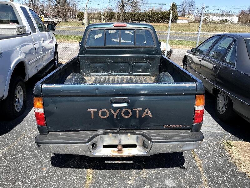 1995 Toyota Tacoma 2WD