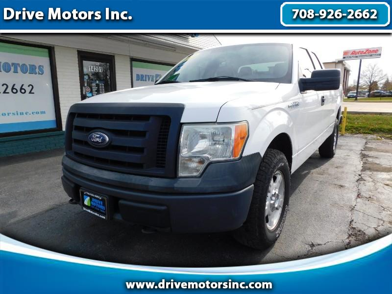 "Ford F-150 4WD SuperCab 145"" XL 2010"