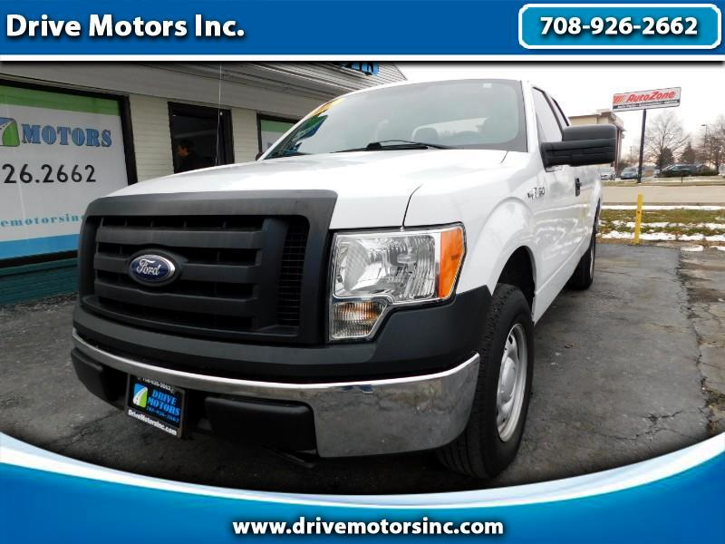 "Ford F-150 2WD SuperCab 145"" XL 2011"