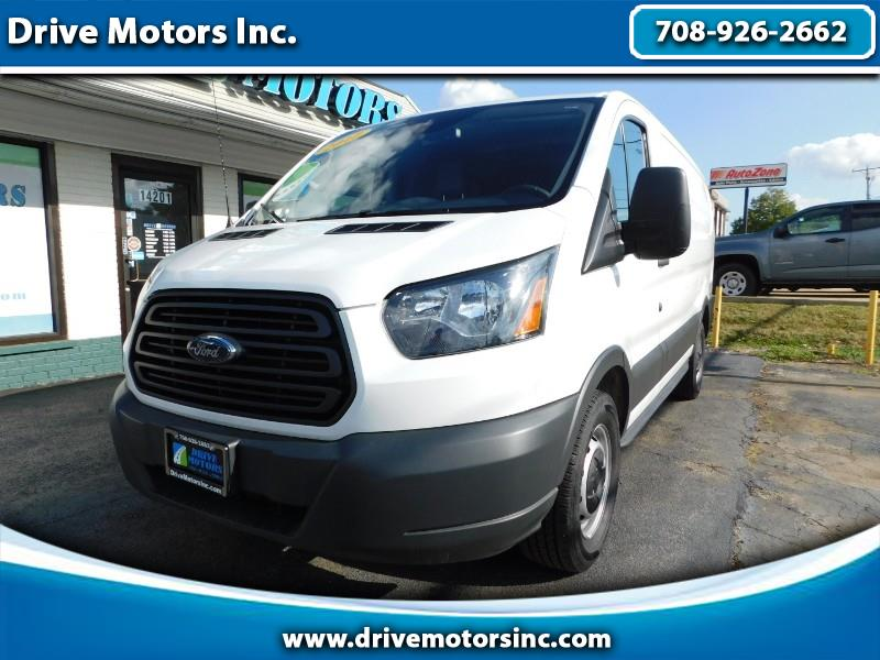 Ford Transit 150 Van Low Roof 60/40 Pass. 130-in. WB 2017