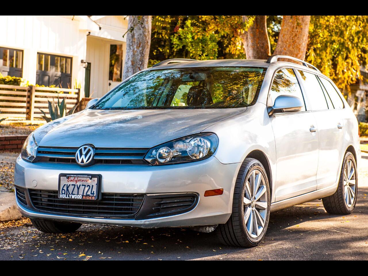 Volkswagen Jetta SportWagen S 2010