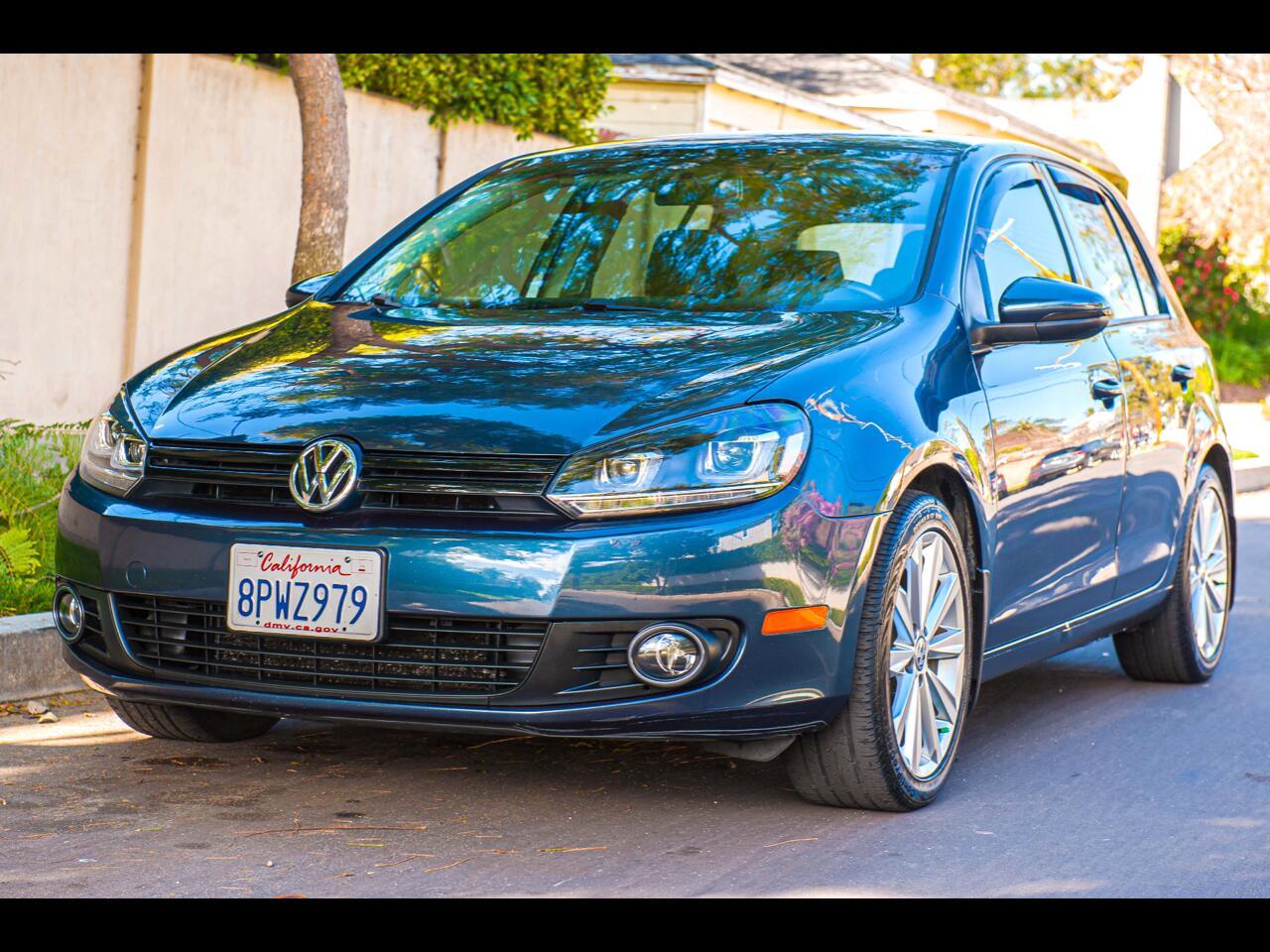 Volkswagen Golf 2.0L TDI w/Tech Package 4 Door 2013