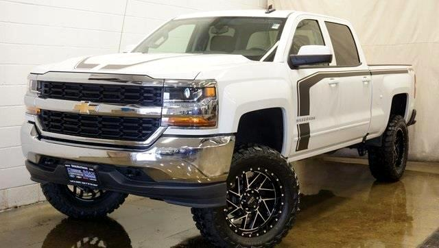 2017 Chevrolet Silverado 1500 LT 4X4 LIFT KIT