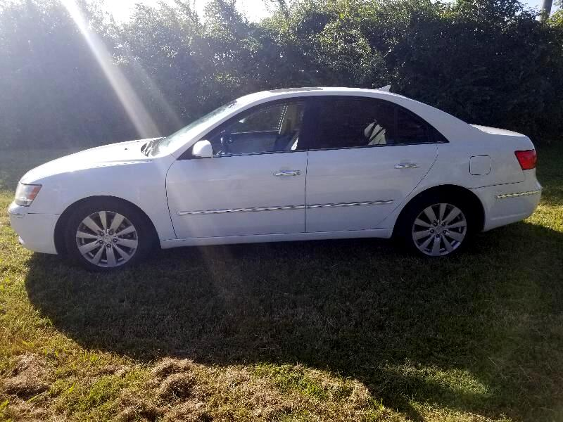 2009 Hyundai Sonata Limited V6 Pmts: $139.00 per mo w.a.c.
