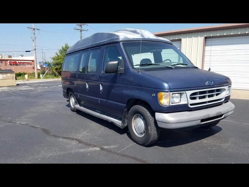 Ford Club Wagon XL 1998