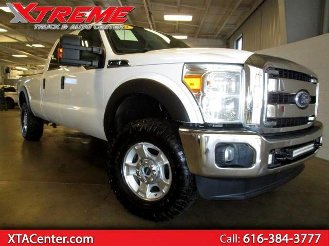 2011 Ford F-350 SD FX4 Crew Cab Long Bed 4WD