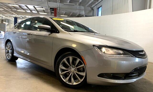 Chrysler 200 200S AWD 2015
